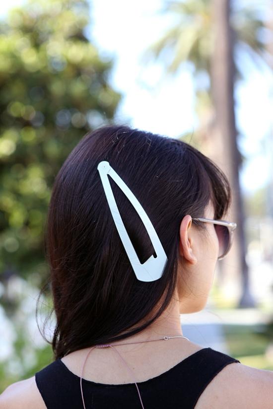Adia Kibur jumbo hair clip