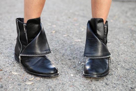 DV by Dolce Vita Sera zipper boots