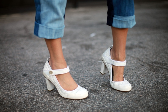 catching couture dkny sporty pumps heels