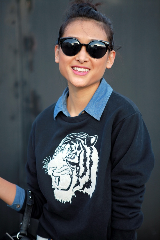 catching couture kiss sunglasses zara sweatshirt