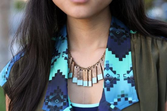 voz collective mint wood fringe necklace