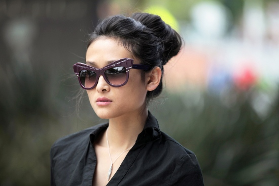 roberto cavalli croc sunglasses alexis bittar necklace