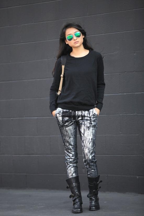 kelly wearstler metallic paint jeans moto boots aviator sunglasses