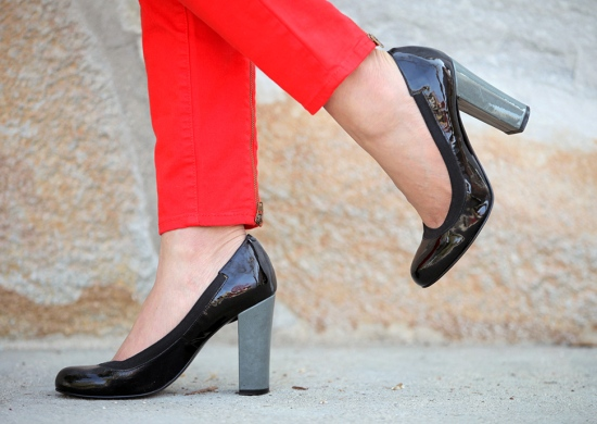 nine west colorblock patent leather pumps