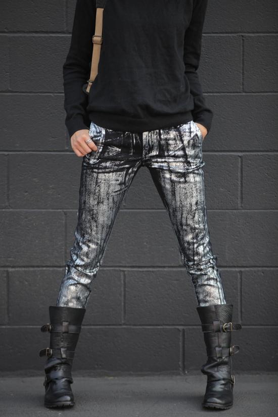 steve madden buckkie moto boots kelly wearstler silver paint jeans