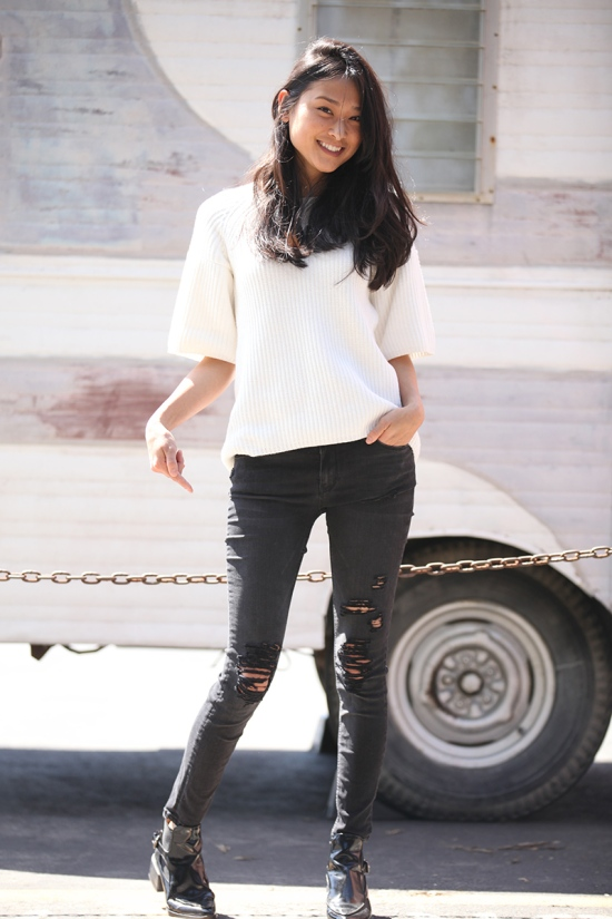 how to diy your own distressed skinny jeans