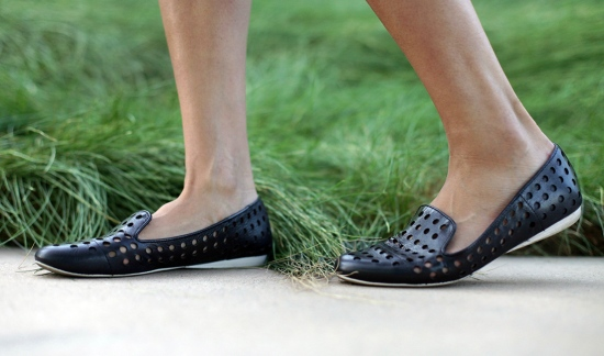 kenneth cole ball time perforated flats loafers