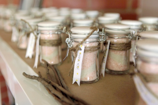 diy pink himalayan and french grey sea salt sand art favors