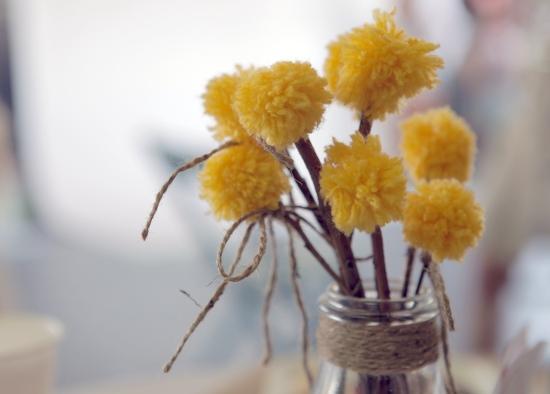 yarn pom pom flowers