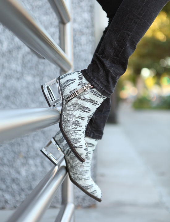 jeffrey campbell boone ankle boots silver snake