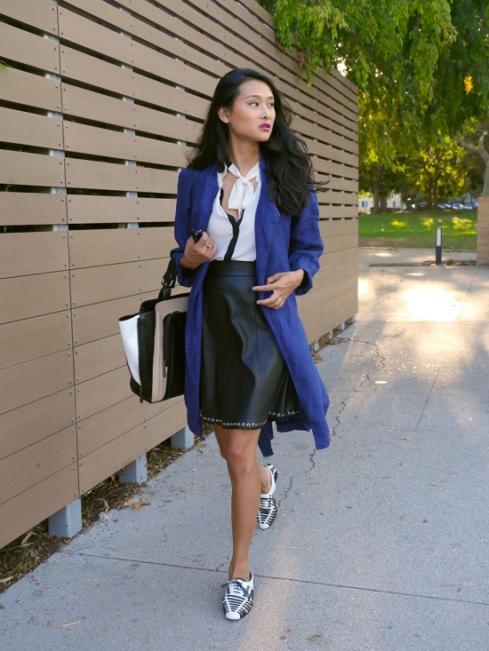 gap blue linen trench coat catching couture michelle forstadt
