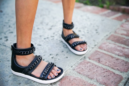 atelje 71 aida chain sandals