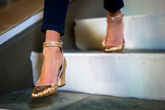 zara mid heel gold glitter pumps