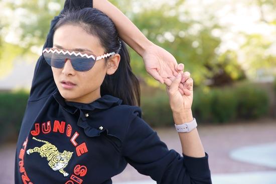 kenzo-x-hm-sunglasses-ruffled-sweatshirt