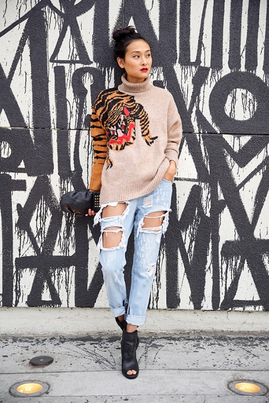 michelle-forstadt-catching-couture-forever-21-distressed-zip-boyfriend-jeans-hm-knit-turtleneck-sweater